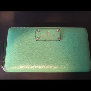Kate Spade classic zip around kelly green wallet